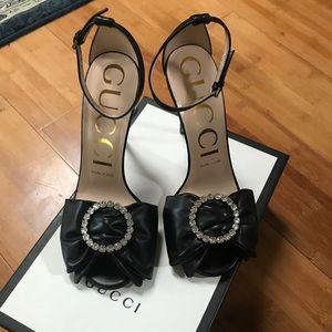 GUCCI leather heels with SWAROVSKI crystal detail